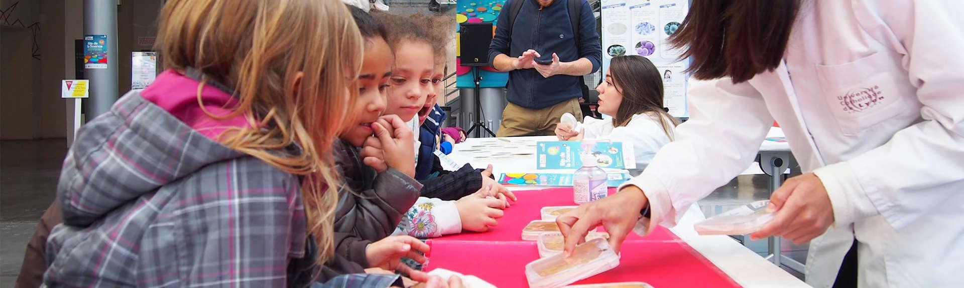 header-fete-science-enfants-demonstration
